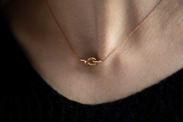 گردنبند طلا گره